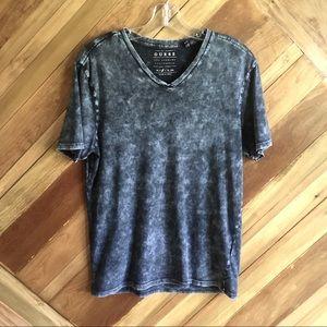 Guess Brand T-shirt Mens Medium V-neck
